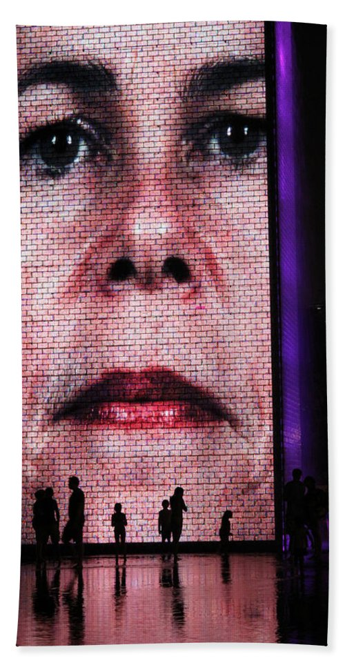 Crown Fountain Hand Towel featuring the photograph Crown Fountain Silhouettes by Lauri Novak