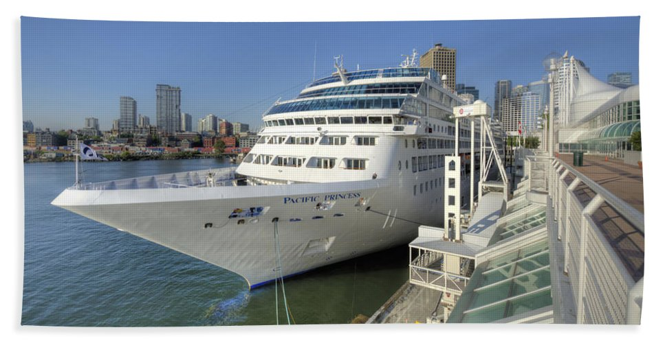 Canada Place Bath Sheet featuring the photograph Cruise Ship At Canada Place by Doug Matthews