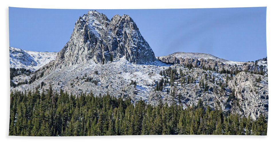 Mountain Bath Sheet featuring the photograph Crystal Crag by Kelley King