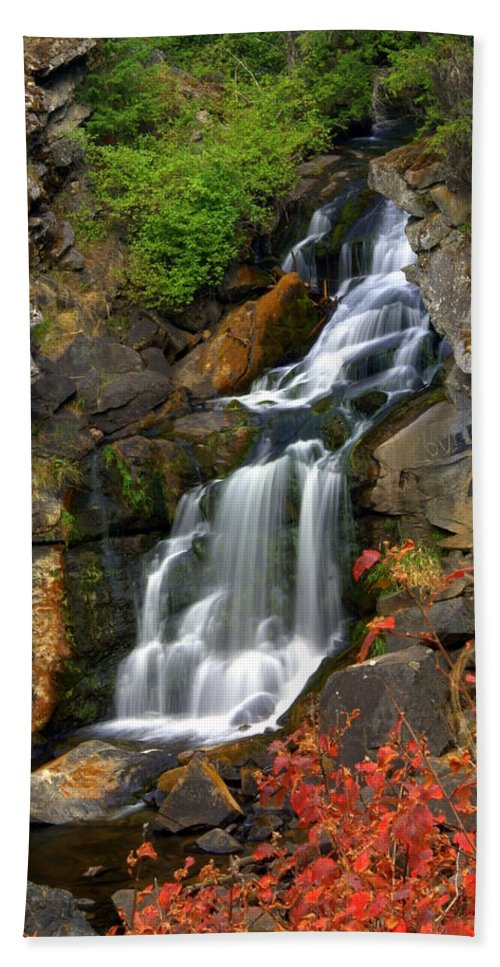 Crystal Falls Hand Towel featuring the photograph Crystal Falls by Marty Koch