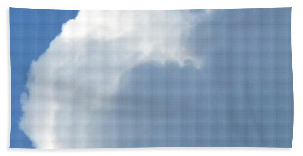 Cloud Bath Sheet featuring the photograph Cumulus Nimbus by Ian MacDonald