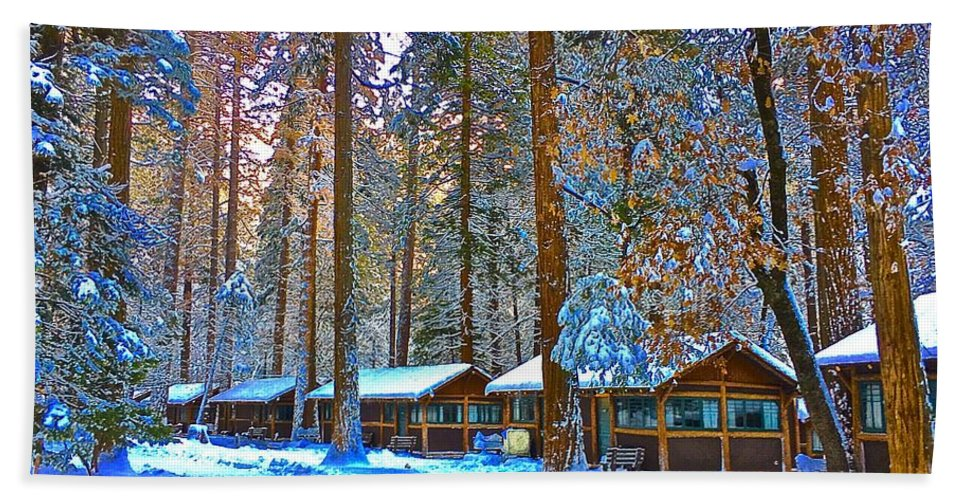 Curry Cabins Christmas Day Hand Towel featuring the photograph Curry Cabins Christmas Day by Scott L Holtslander