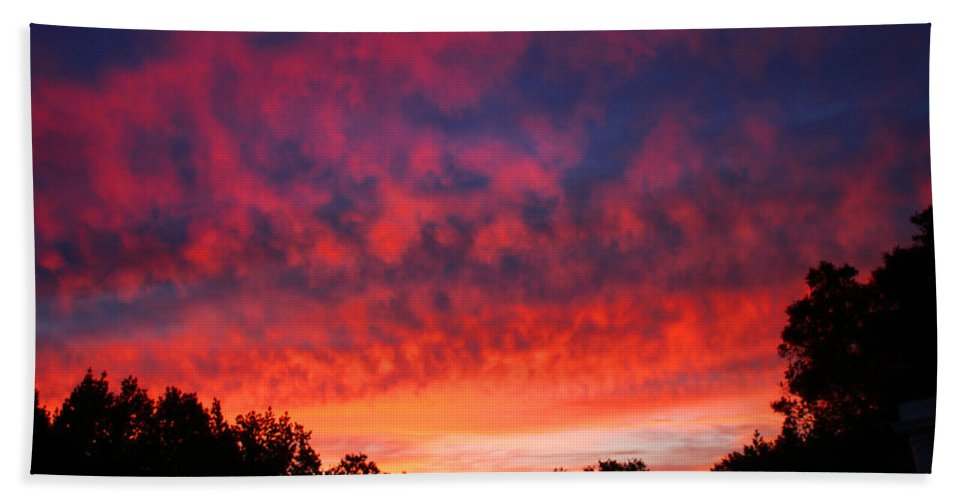 Sunrise Hand Towel featuring the photograph D6b6324 Another Sonoma Sunrise by Ed Cooper Photography