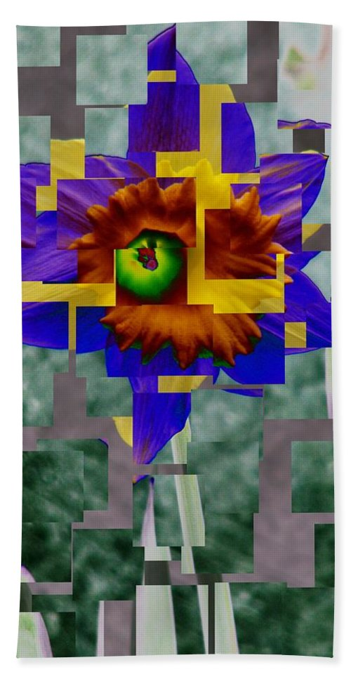 Daffodil Hand Towel featuring the photograph Daffodil 3 by Tim Allen