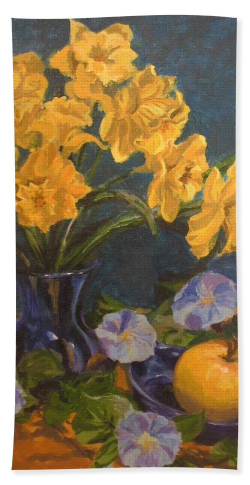 Still Life Bath Towel featuring the painting Daffodils by Karen Ilari