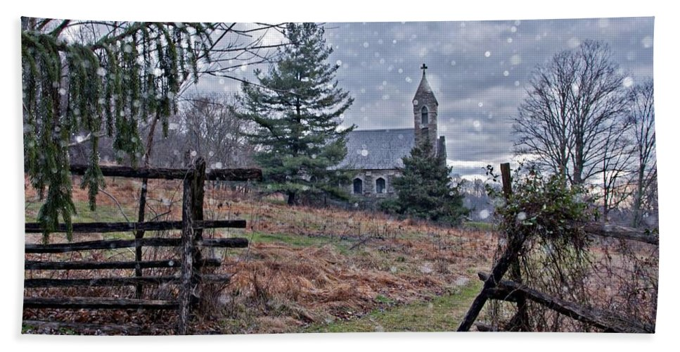 Photography By Suzanne Stout Hand Towel featuring the photograph Dahlgren Chapel Winter Scene by Suzanne Stout