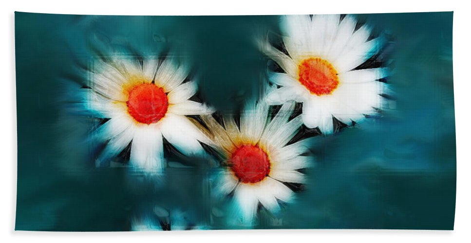 Flowers Bath Sheet featuring the photograph Daisy Blue by Linda Sannuti
