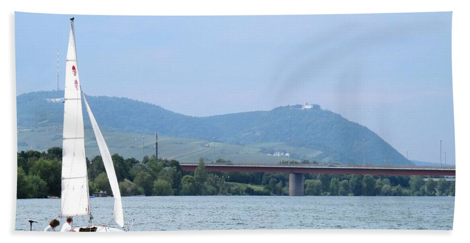 Sail Bath Towel featuring the photograph Danube River Sailor by Ian MacDonald