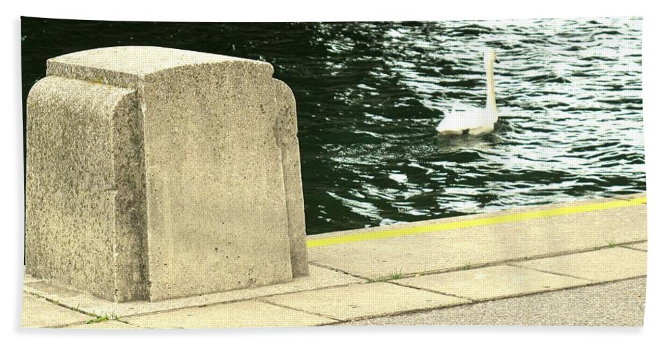 Swan Bath Towel featuring the photograph Danube River Swan by Ian MacDonald
