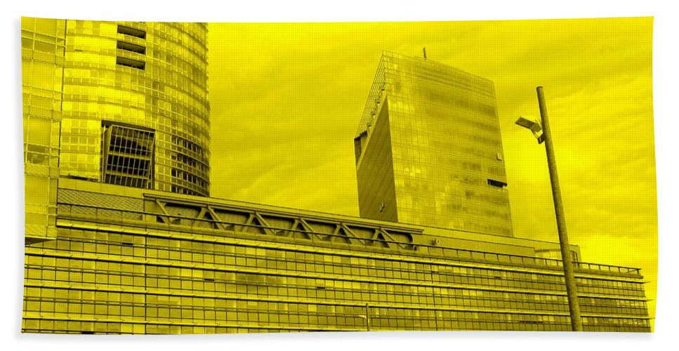 Vienna Hand Towel featuring the photograph Daring Architecture by Ian MacDonald