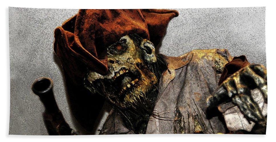 Davey Jones Hand Towel featuring the painting Davey Jones by David Lee Thompson