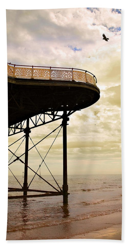 Victoria Bath Towel featuring the photograph Dawn At Colwyn Bay Victoria Pier Conwy North Wales Uk by Mal Bray