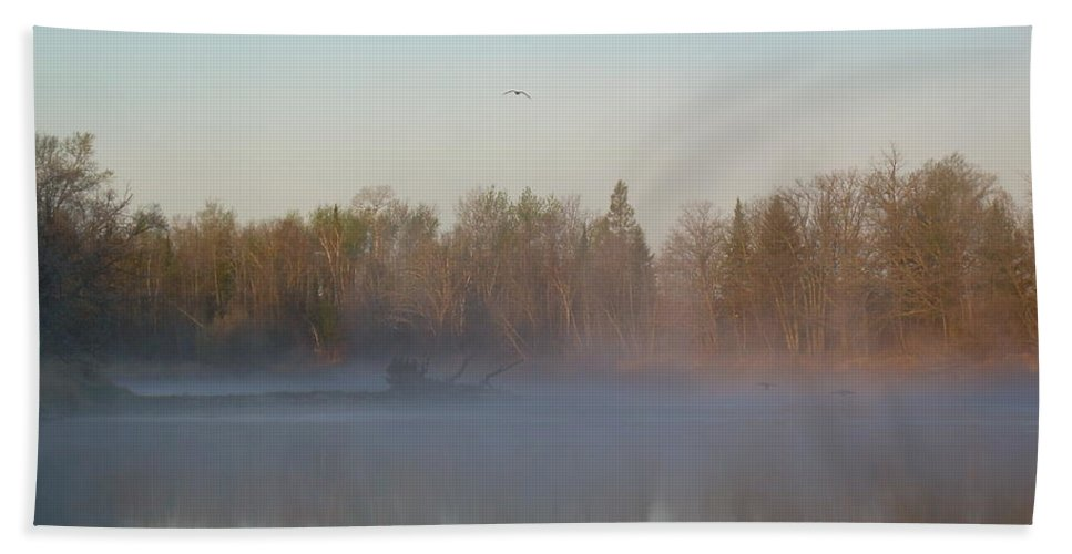 Mississippi River Hand Towel featuring the photograph Dawn Fog Over Mississippi River by Kent Lorentzen
