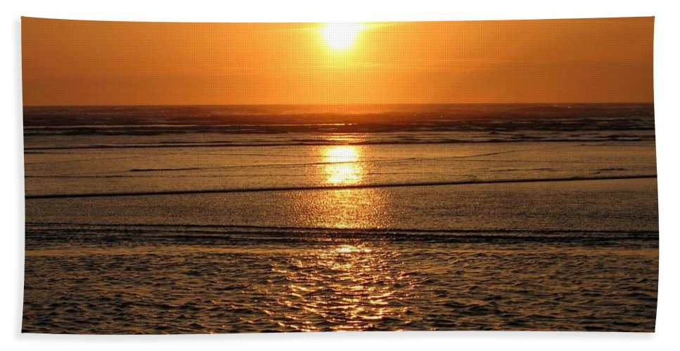 Dazzling Bath Sheet featuring the photograph Dazzling Cannon Beach by Will Borden