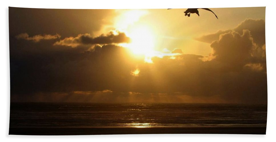 Sunset Bath Sheet featuring the photograph Dazzling Dusk by Will Borden