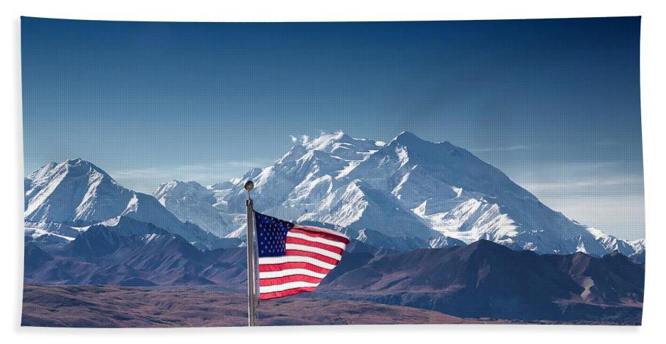 Alaska Hand Towel featuring the photograph Denali Salute by Ed Boudreau