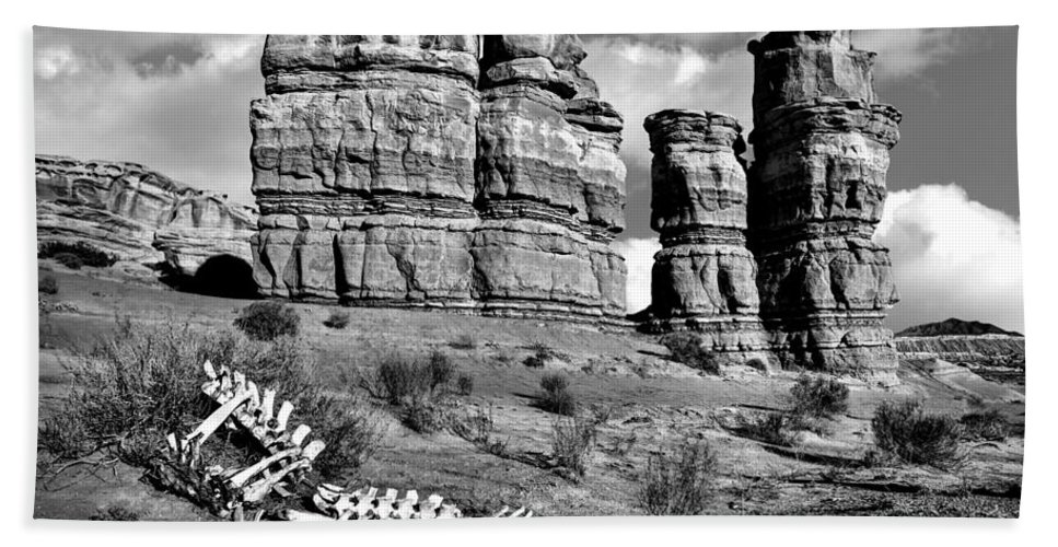 Death On Notom-bullfrog Road Bath Sheet featuring the photograph Death On Notom-bullfrog Road - Capitol Reef - Bw by Nikolyn McDonald