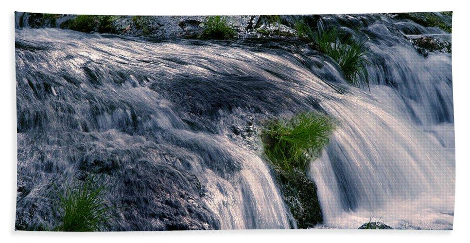 Creek Bath Sheet featuring the photograph Deer Creek 01 by Peter Piatt