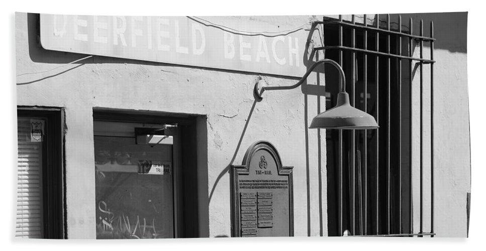 Train Station Bath Towel featuring the photograph Deerfield Beach Train Station by Rob Hans
