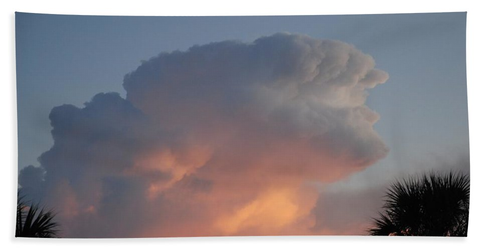 Sunset Hand Towel featuring the photograph Deerfield Sky by Rob Hans