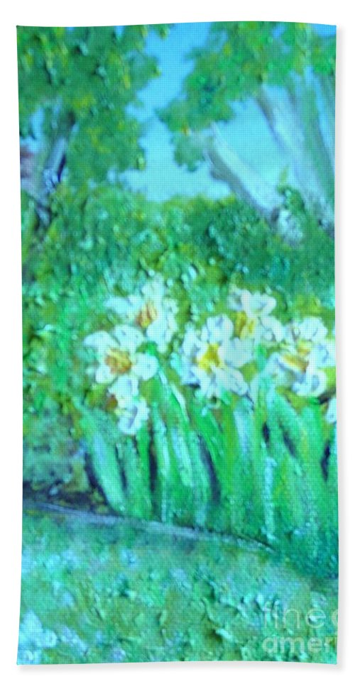 Daffodils Bath Sheet featuring the painting Dependable Daffodils by Laurie Morgan