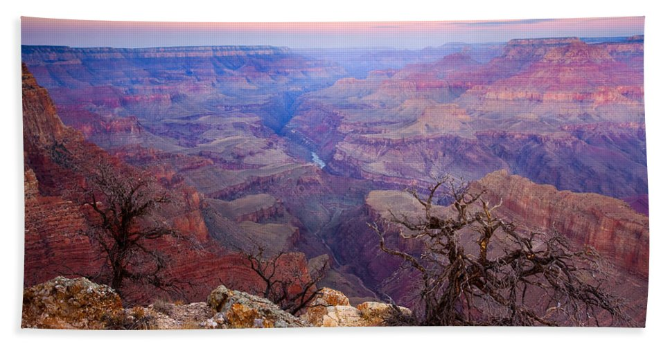 Dawn Hand Towel featuring the photograph Desert Glow by Mike Dawson