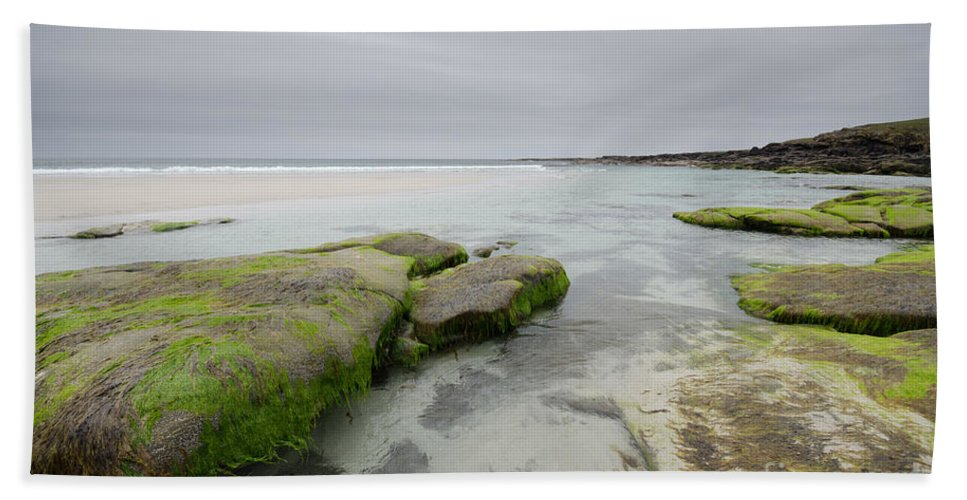 Barra Scotland Hand Towel featuring the photograph Desolate by Smart Aviation