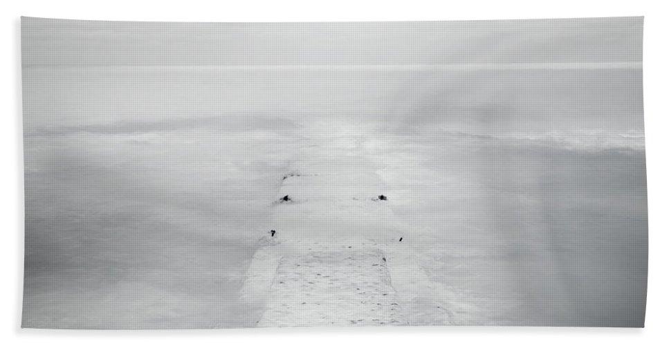 Horizon Bath Towel featuring the photograph Destitute Of Hope by Scott Norris