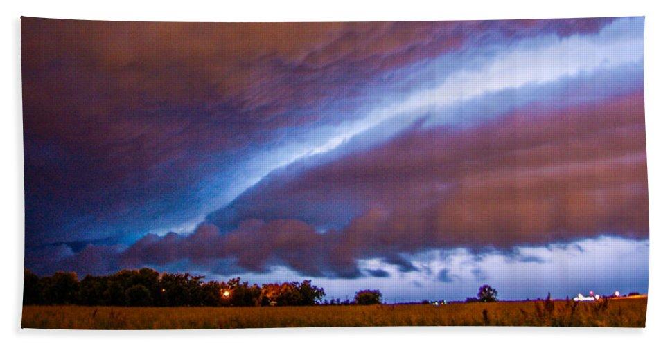Nebraskasc Bath Sheet featuring the photograph Developing Nebraska Night Shelf Cloud 007 by NebraskaSC