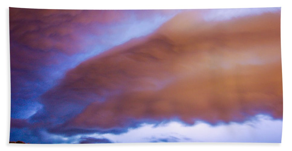 Nebraskasc Bath Sheet featuring the photograph Developing Nebraska Night Shelf Cloud 013 by NebraskaSC
