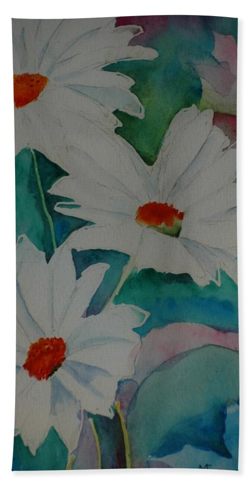 Daisies Hand Towel featuring the painting Devin's Dasies by Melinda Etzold
