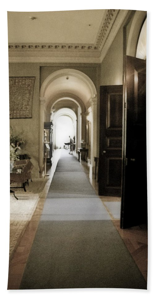 Mansions Hand Towel featuring the photograph Dinner Is Serve4d by Karen W Meyer