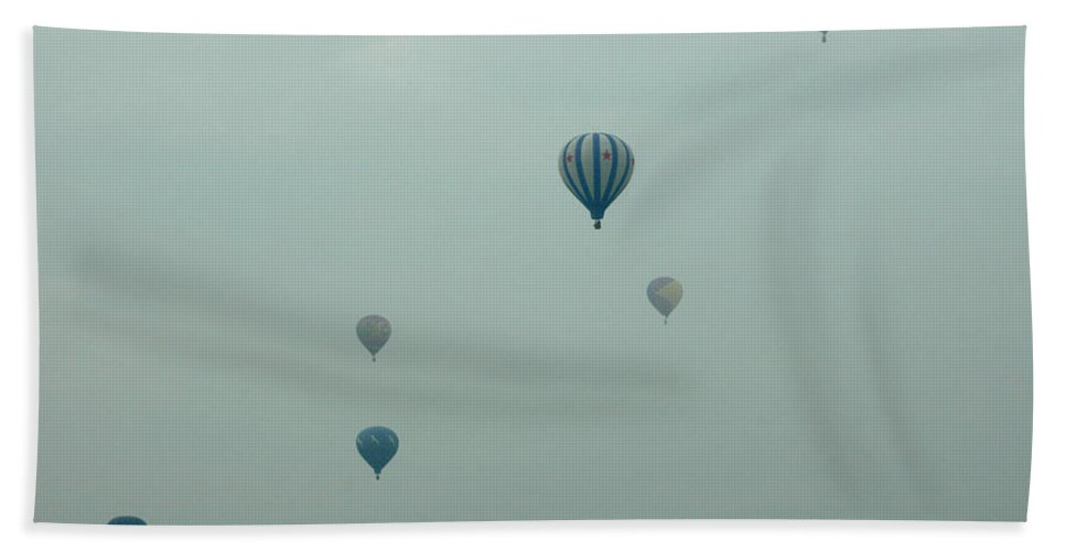 Adirondack Balloon Festival Mist Flight Bath Sheet featuring the photograph Dnrg0908 by Henry Butz