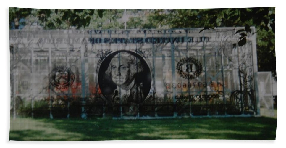 Park Bath Towel featuring the photograph Dollar Bill by Rob Hans