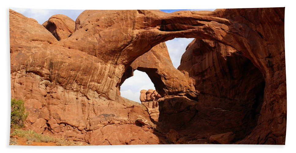 Southwest Art Bath Sheet featuring the photograph Double Arch by Marty Koch
