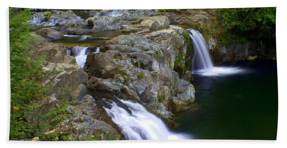 Waterfalls Bath Towel featuring the photograph Double Falls by Marty Koch
