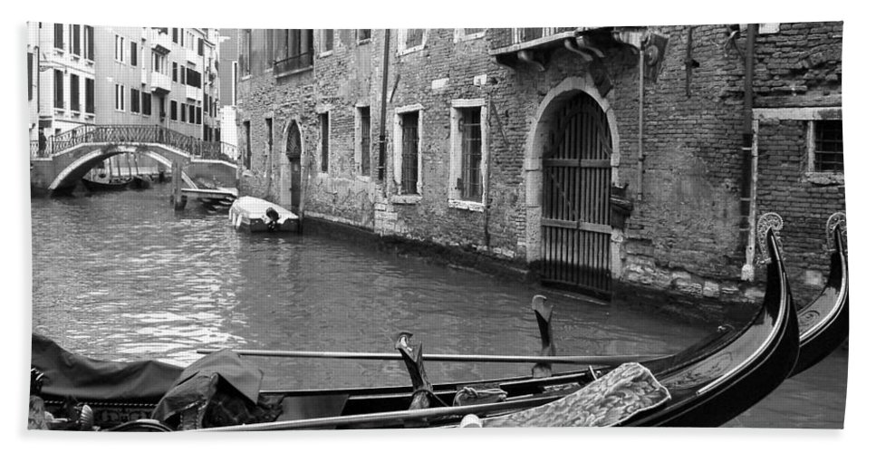 Venice Bath Sheet featuring the photograph Double Parked by Donna Corless