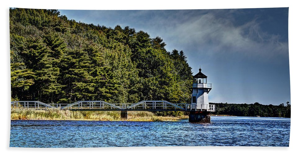 Mid Coast Maine Hand Towel featuring the photograph Doubling Point Lighthouse by Deborah Klubertanz