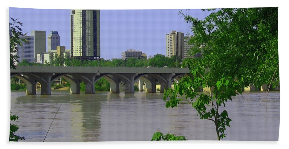 Tulsa Hand Towel featuring the photograph Down By The River by Susan Vineyard