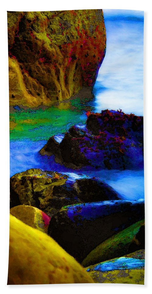 Digital Artwork Hand Towel featuring the digital art Down To The Sea by Donna Blackhall