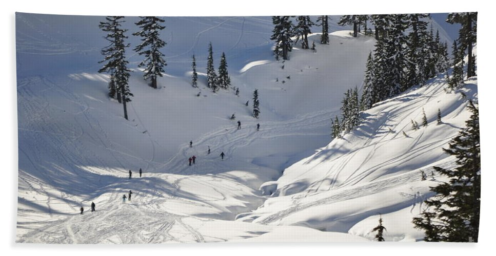 Clay Hand Towel featuring the photograph Downhill Skiers by Clayton Bruster