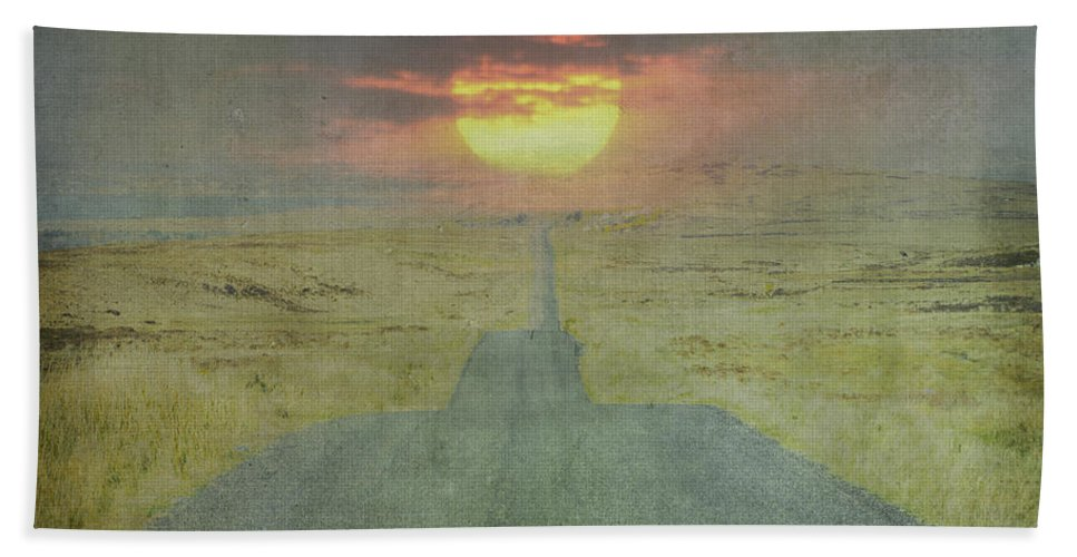 Downhill Bath Sheet featuring the photograph Downhill Sunset by Bill Cannon
