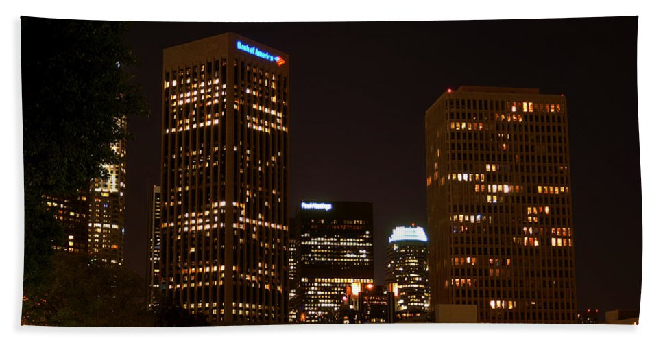 Clay Bath Towel featuring the photograph Downtown L.a. In Hdr by Clayton Bruster