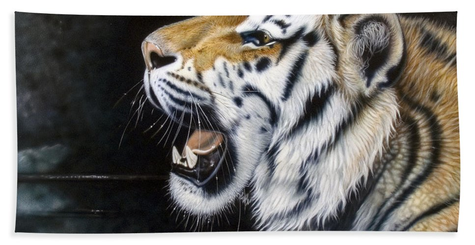 Tiger Bath Sheet featuring the painting Dragonfly by Sandi Baker