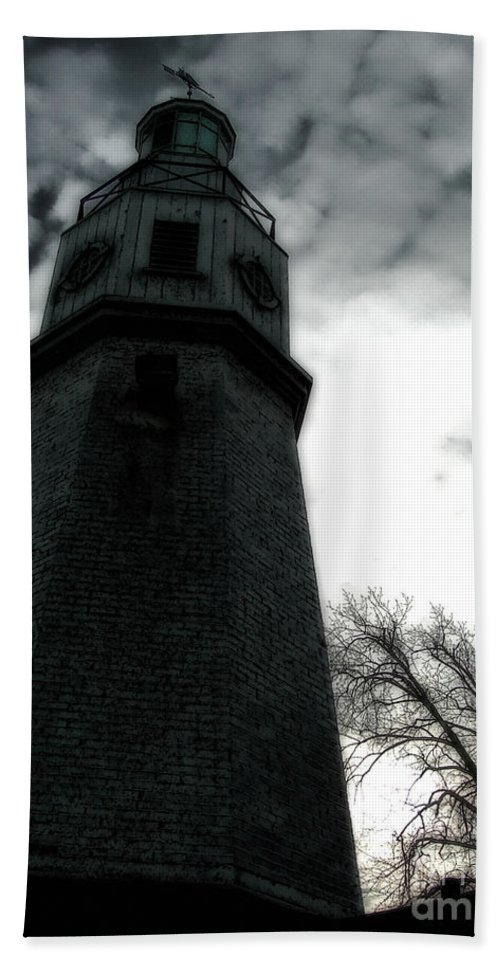 Lighthouse Bath Sheet featuring the photograph Dramatic Lighthouse by Joel Witmeyer