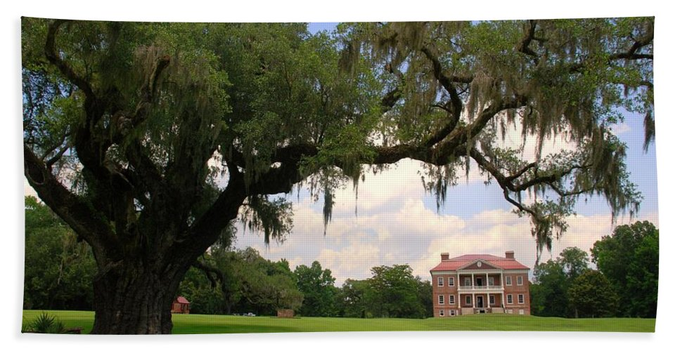 Photography Hand Towel featuring the photograph Drayton Hall Plantation Charleston by Susanne Van Hulst