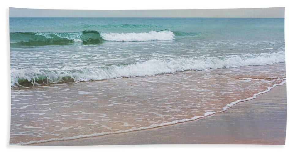 Beach Hand Towel featuring the photograph Dreamscape by Barbara McMahon