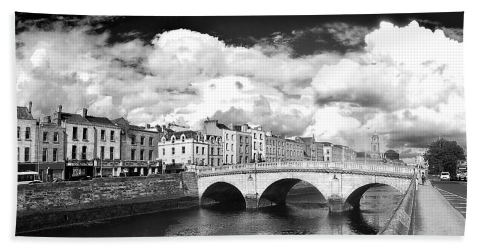 The Four Courts In Reconstruction Hand Towel featuring the photograph Dublin's Fairytales Around River Liffey 3 Bw by Alex Art and Photo