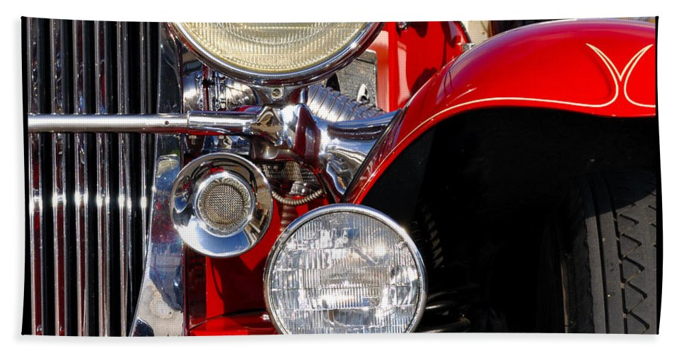 Car Bath Towel featuring the photograph Duesenberg by Tim Nyberg