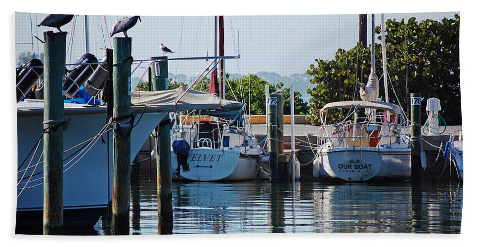Boats Hand Towel featuring the photograph Duneden Fl. by Robert Meanor